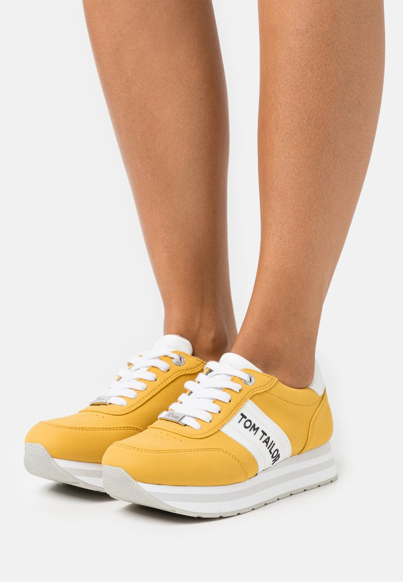 TOM TAILOR DENIM - Sneakers laag - yellow