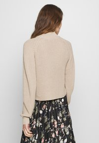 Even&Odd - CROPPED PERKIN NECK - Strickpullover - dark tan melange - 2