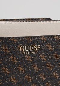 Guess - LORENNA CROSSBODY TOP ZIP - Across body bag - brown - 2
