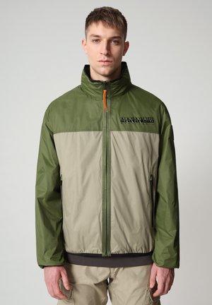 ARINO - Light jacket - green cypress