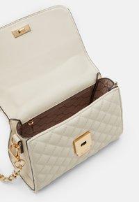 ALDO - KIBARA - Handbag - bone/light gold - 2