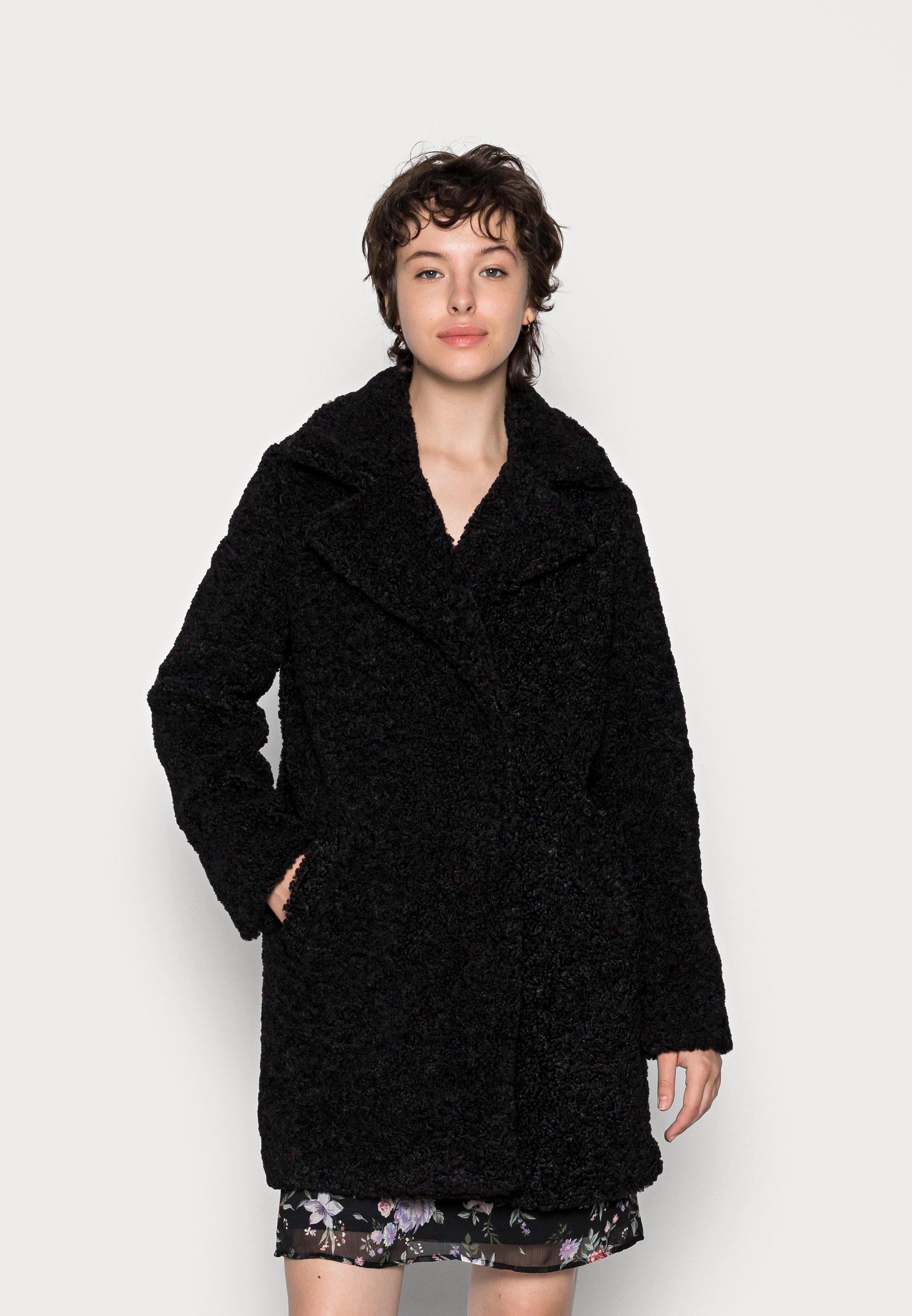 Women VMKYLIE LONG TEDDY JACKET - Winter coat