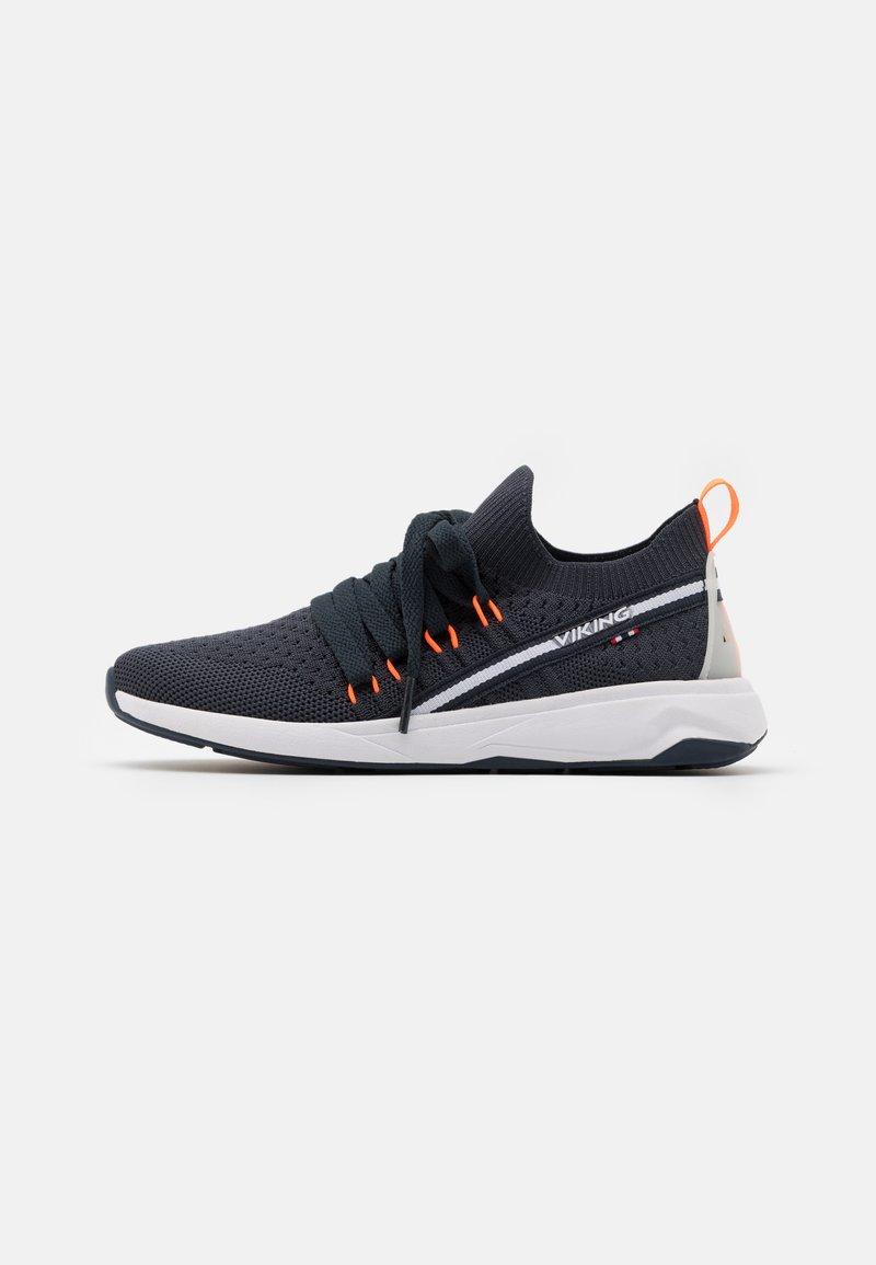 Viking - ENGVIK UNISEX - Sports shoes - navy/orange