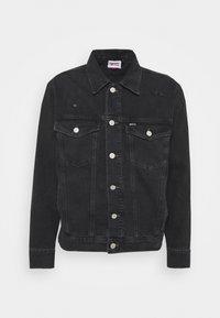 Tommy Jeans - TRUCKER JACKET UNISEX - Veste en jean - save black - 4