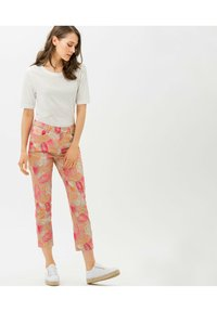 BRAX - STYLE MARY S - Slim fit jeans - beige - 1