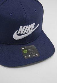 Nike Sportswear - FUTURA PRO - Cap - obsidian/pine green/black/white - 4