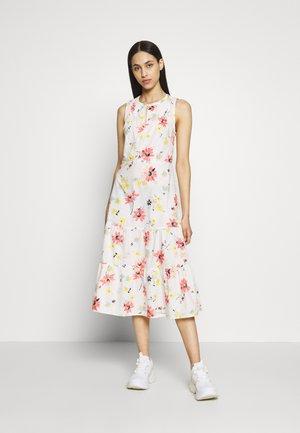 PINTK MIDI - Day dress - white