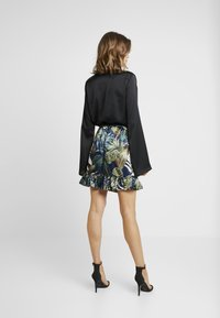 Vero Moda - VMLEAVES FRILL SKIRT - Wrap skirt - night sky - 3