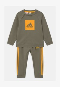 adidas Performance - LOGO SET UNISEX - Trainingsanzug - green/gold - 0