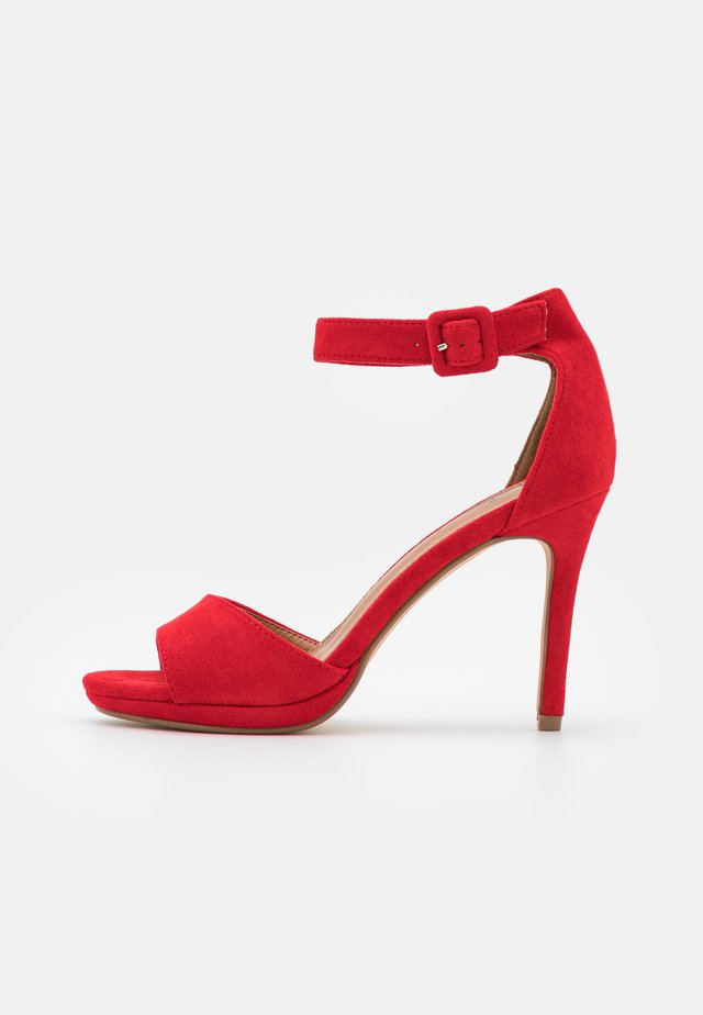 Sandali - red
