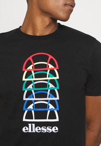 Ellesse - MAGARIO TEE - Print T-shirt - black - 4