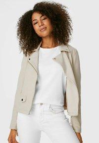 C&A - Faux leather jacket - creme - 0