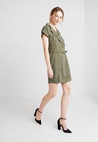 Noisy May - NMVERA ENDI DRESS - Shirt dress - olive night - 1