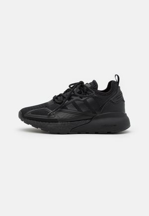 ZX 2K BOOST UNISEX - Sneakersy niskie - core black/shock pink