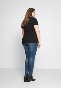 Even&Odd Curvy - BASIC POLO - Print T-shirt - black - 2