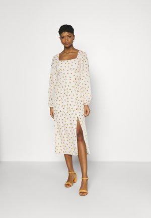 FLORAL SHIRRED BACK MIDAXI DRESS - Korte jurk - cream