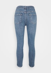 New Look Petite - MIDRISE SUPER - Skinny džíny - mid blue - 1