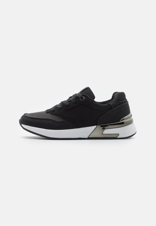 ALEXIA - Trainers - black