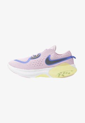 JOYRIDE DUAL RUN - Zapatillas de running neutras - iced lilac/sapphire/smoke grey/dynamic yellow/white