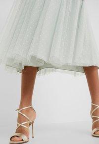 Needle & Thread - HONEYCOMBE SMOCKED BALLERINA SKIRT - A-line skirt - meadow green - 5