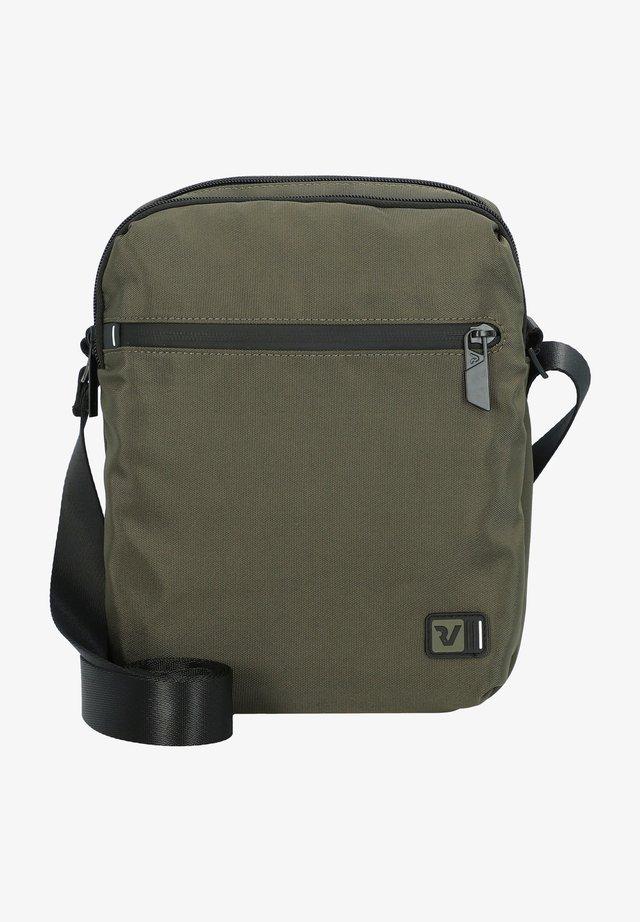 Across body bag - militare