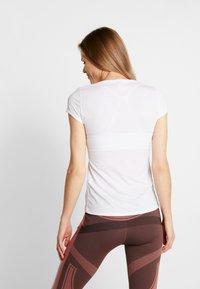 ODLO - CREW NECK ACTIVE F-DRY LIGHT - Basic T-shirt - white - 2
