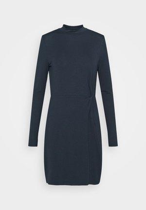 VMNORA SHORT DRESS - Denní šaty - navy blazer