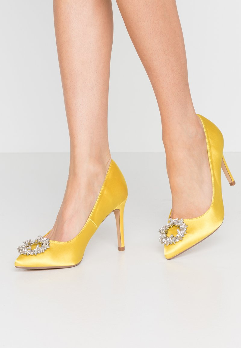 Dorothy Perkins - GLADLY POINTED TRIM COURT - Høye hæler - yellow
