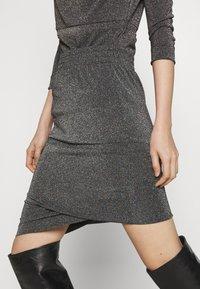 Vivienne Westwood Anglomania - PUNK SKIRT - Pencil skirt - rainbow - 6