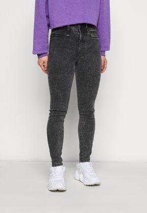 NMAGNES BUTTON - Jeans Skinny - black denim