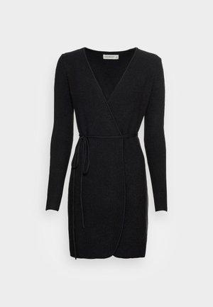 WRAP DRESS - Robe pull - black solid
