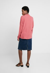 edc by Esprit - NEW SLUB - Skjorte - blush - 2