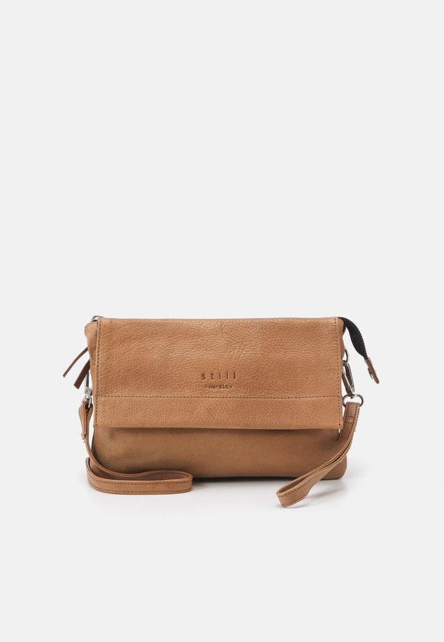 ANOUK CROSSBODY - Olkalaukku - indian tan