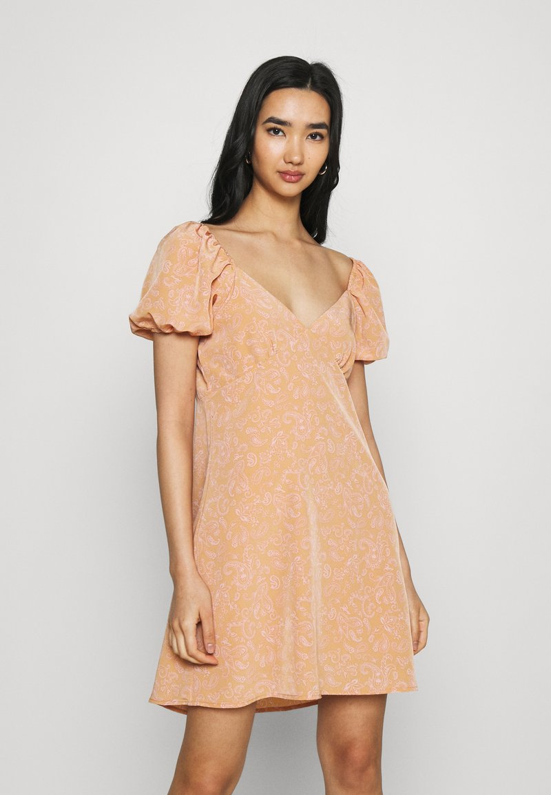 Fashion Union - COMBARRO DRESS - Day dress - brown