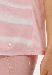 BRAX - STYLE CAELEN - Print T-shirt - rose - 4