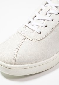 Lacoste - MASTERS - Trainers - white/dark green - 5