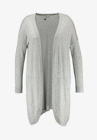 CAPSULE by Simply Be - KANGAROO CARDI - Cardigan - light grey - 4