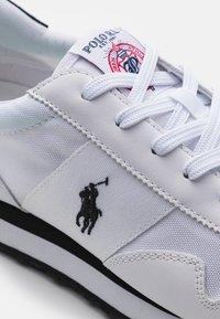 Polo Ralph Lauren - TRAIN 85 TOP LACE - Trainers - white/black - 5