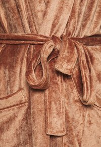 Underprotection - SOPHIE ROBE - Dressing gown - clay - 4