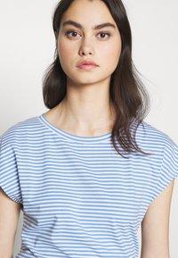 WEEKEND MaxMara - NOREL - Print T-shirt - azurblau - 3