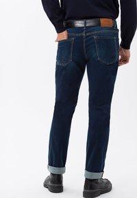BRAX - STYLE CHUCK - Slim fit jeans - mid blue - 1