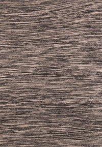 MAMALICIOUS - MLARINA ACTIVE CROPPED - Top - misty rose/black melange - 2