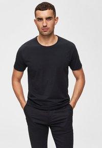 Selected Homme - T-paita - black - 0