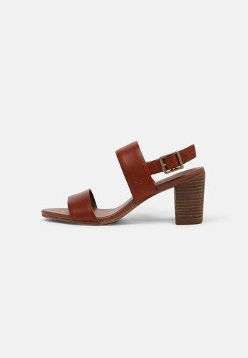 FAIRHILL - Sandals - mid brown