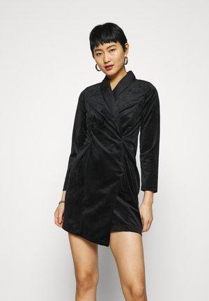 CLOSET BLAZER DRESS - Koktejlové šaty/ šaty na párty - black