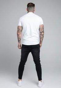 SIKSILK - GRANDAD COLLAR - Poloshirt - white - 2