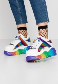 Buffalo London - Joggesko - white/rainbow - 0