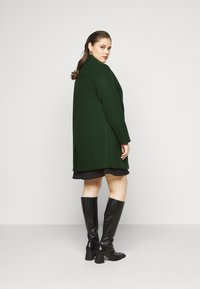 Dorothy Perkins Curve - MINIMAL SHAWL COLLARCROMBIE COAT - Short coat - green - 2