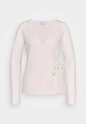 WRAP - Vest - white