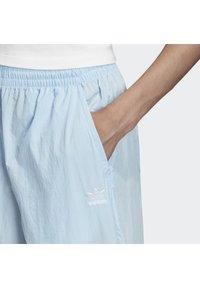 adidas Originals - 2020-02-15 BIG LOGO TRACKSUIT BOTTOMS - Tracksuit bottoms - blue - 5